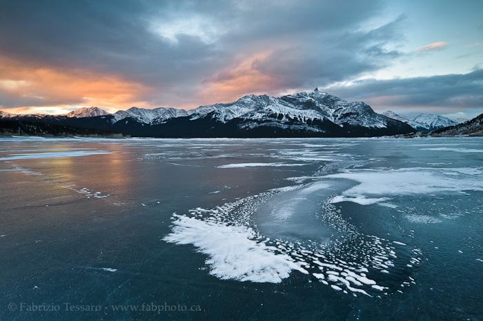 Abraham Lake in Winter, photo