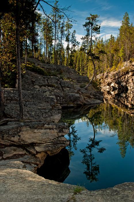 Jasper National Park, Horseshoe lake,, photo