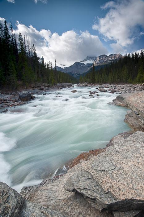 Banff National Park, Mystaya River, photo
