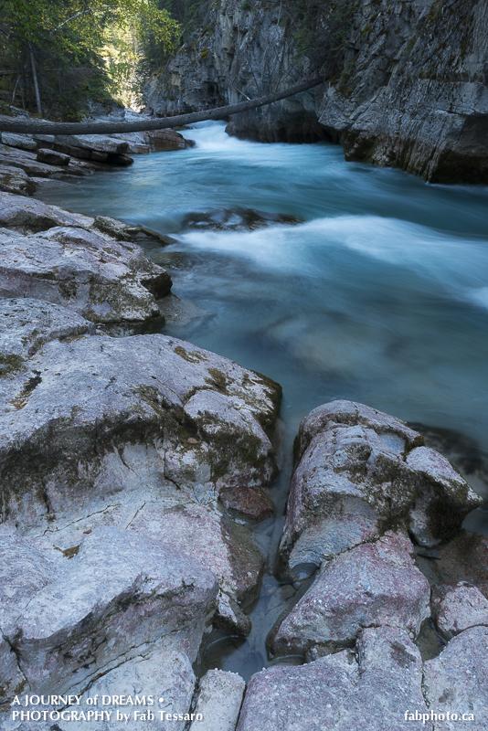 Jasper National Park, Alberta,Maligne River,, photo