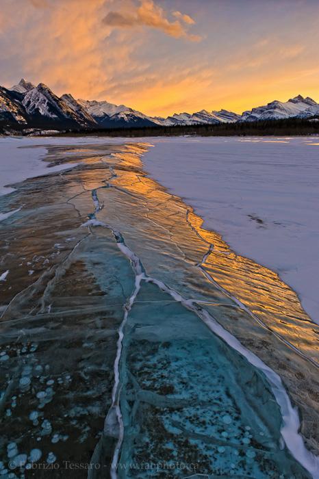 Abraham Lake, kootenay plains, bighorn wildlands,, photo