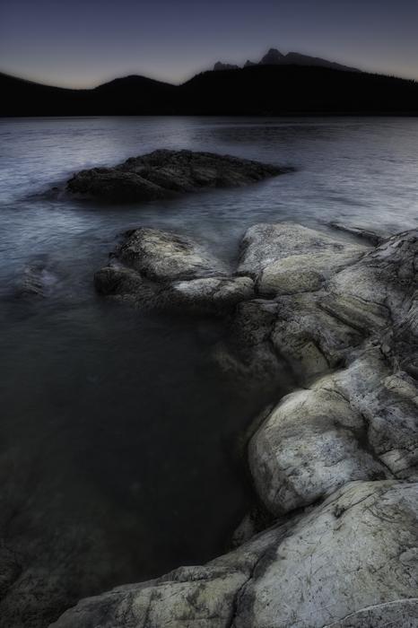 Lake Minnewanka, Banff National Park,, photo