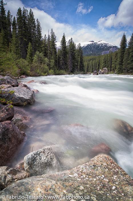 Maligne River in Jasper National Park, Alberta, Canada, photo