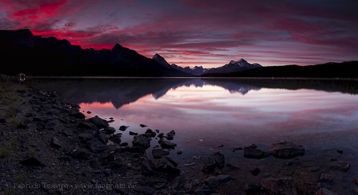Maligne Lake, Jasper Alberta Canada, photo